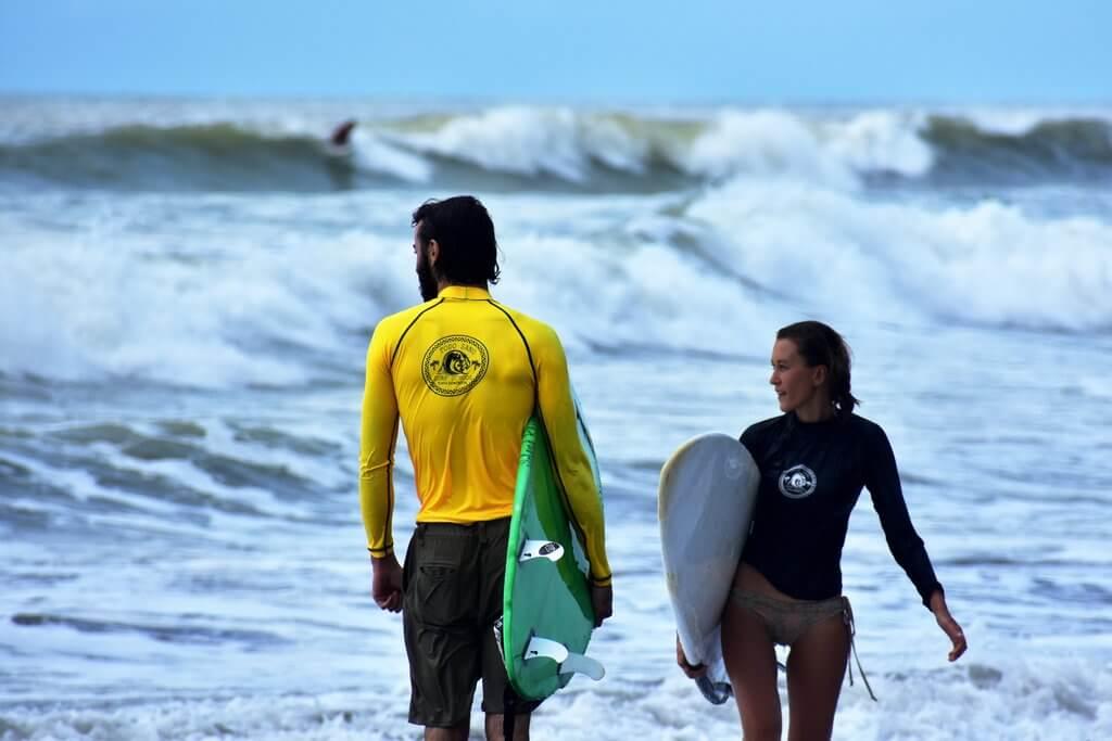 Custom surf package
